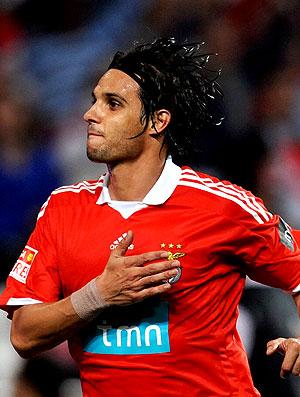 Nuno Gomes no jogo do Benfica