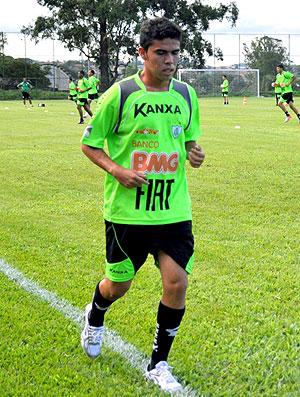 Davi Ceará no treino do América-MG (Foto: Carlos Cruz / Divulgação)