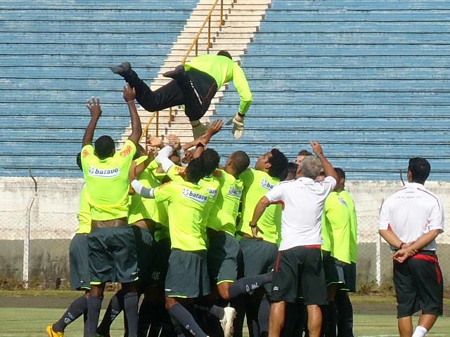 felipe Flamengo treino físico estádio café
