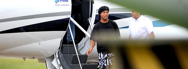 Ronaldinho gaúcho aeroporto Florianópolis