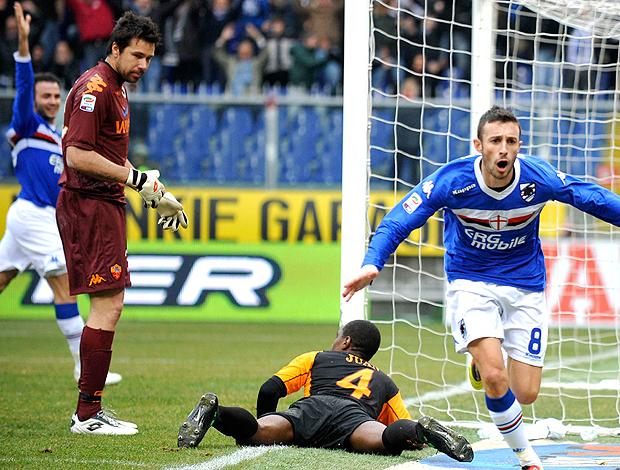 Doni e Juan na partida do Roma contra o Sampdoria