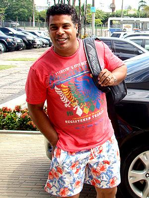 Assis sai de encontro com dirigente do Flamengo