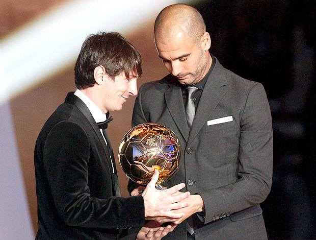 Bola de Ouro Messi Guardiola (Foto: EFE)