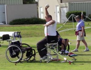FRAME - Ex-soldado vítima da guerra do Iraque pratica atletismo nos EUA
