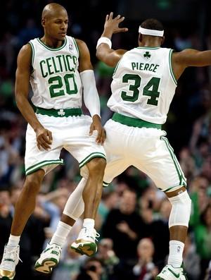 Ray Allen e Paul Pierce, do Boston Celtics