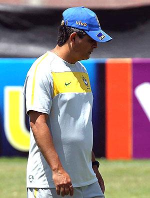 Ney Franco  no treino da seleção sub 20