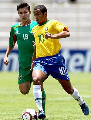 Lucas na partida da seleção sub 20 contra a Bolívia