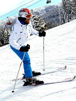esquiando na neve alan Salzburg   (Foto: Divulgação)
