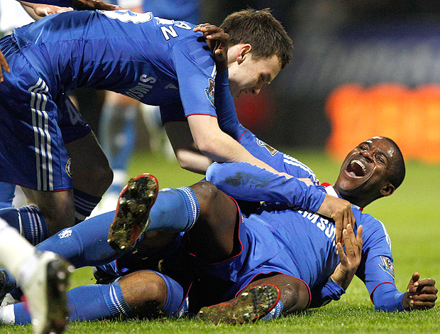 Ramires gol Chelsea (Foto: Reuters)