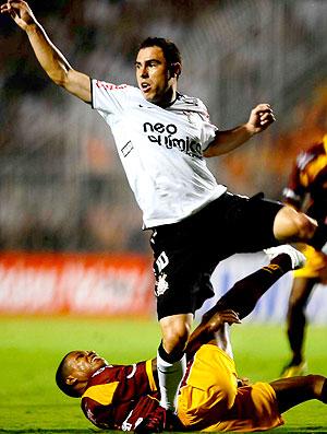 Bruno Cesar na partida do Corinthians contra o Tolima