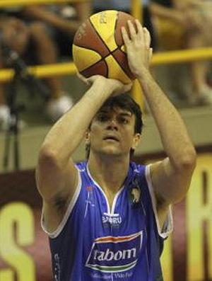 basquete fischer desafio de enterradas (Foto: Divulgação/LNB)