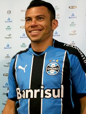 Rodolfo apresentado no Grêmio