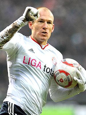 Robben comemora gol do Bayern de Munique contra o Werder (Foto: AFP)