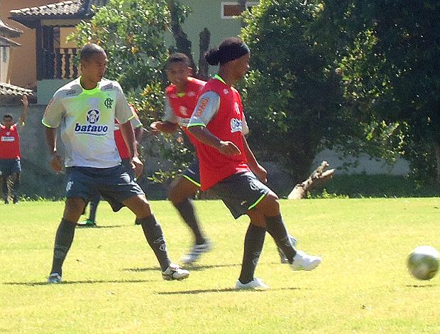 Ronaldinho Gaúcho no rachão do Flamengo