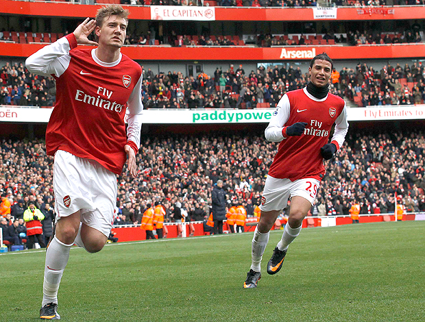 Nicklas Bendtner gol Arsenal