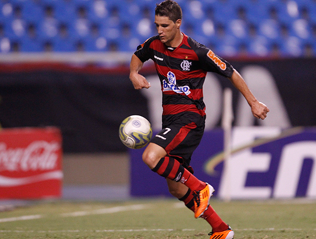 thiago neves flamengo vasco gol