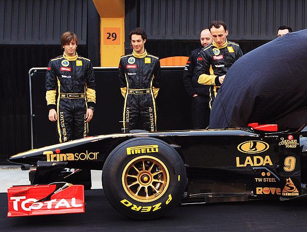Bruno Senna no lançamento do carro da Lotus Renault