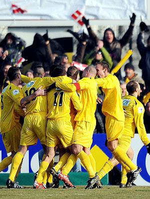 Fabien Tissot comemora gol do Chambery contra o Sochaux