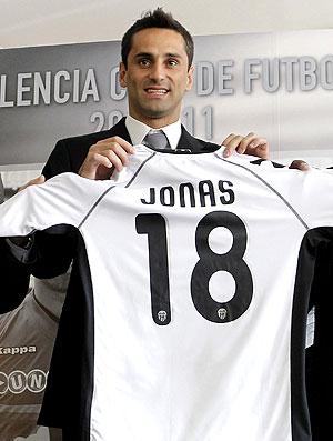 Jonas é apresentado no Valencia