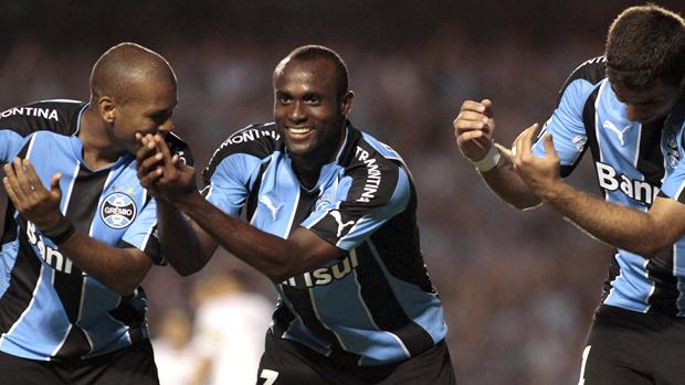 vinicius pacheco gol grêmio x liverpool uruguai