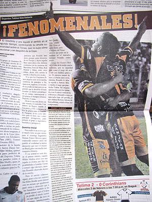 jornais clombianos sobre a derrota do Corinthians (Foto: Carlos Augusto Ferrari / GLOBOESPORTE.COM)