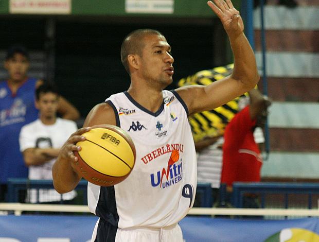 Valtinho, do Uberlândia basquete (Foto: Rodrigo Carlos/Divulgação)