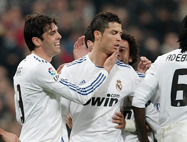 kaka e Cristiano Ronaldo (Foto: EFE)