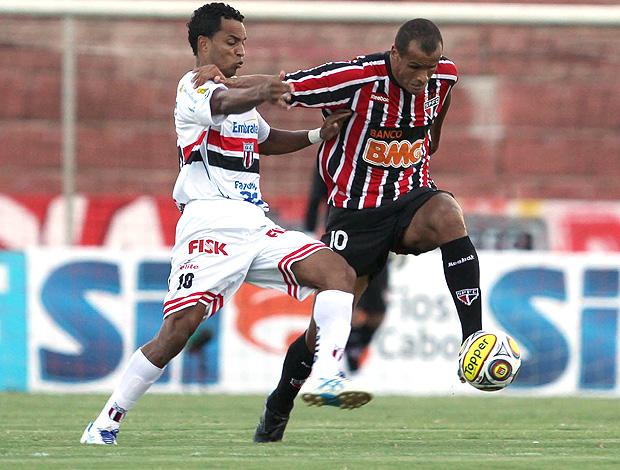 Rivaldo São Paulo x Botafogo-SP (Foto: Ag. Estado)