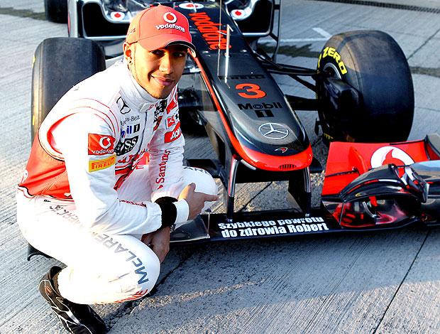 Hamilton em homenagem a Kubica em Jerez (Foto: Getty Images)