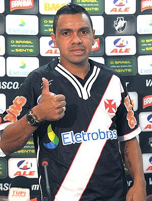 Leandro apresentado no Vasco (Foto: Marcelo Sadio / Site Oficial do Vasco da Gama)