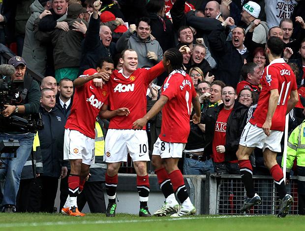 Nani comemora gol na partida do Manchester United contra o City (Foto: Getty Images)