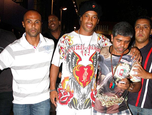 Ronaldinho Gaúcho sapucai Grande Rio (Foto: AGNews)