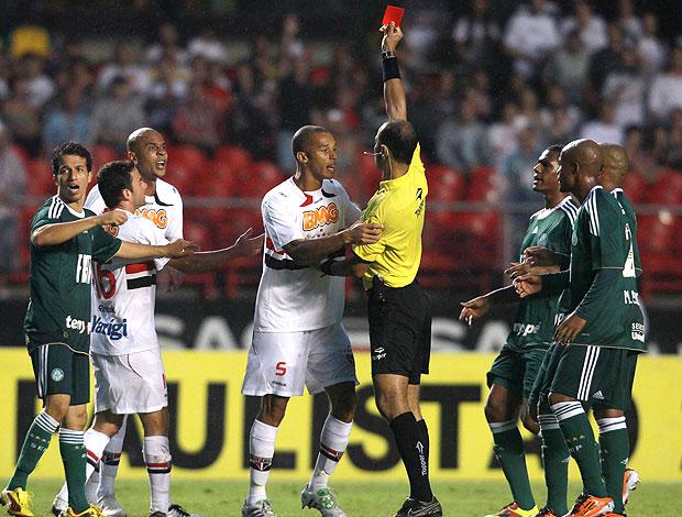 Alex Silva expulsão São Paulo (Foto: Ag. Estado)