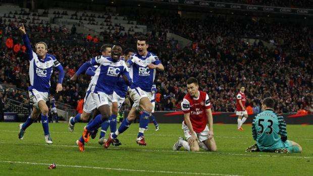 Jogadores do Birmingham comemoram título da Copa da Liga Inglesa (Foto: Reuters)