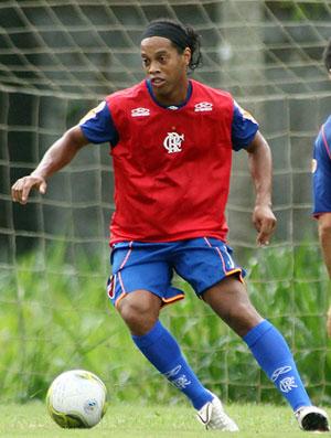 Ronaldinho Treino (Foto: Vipcom)