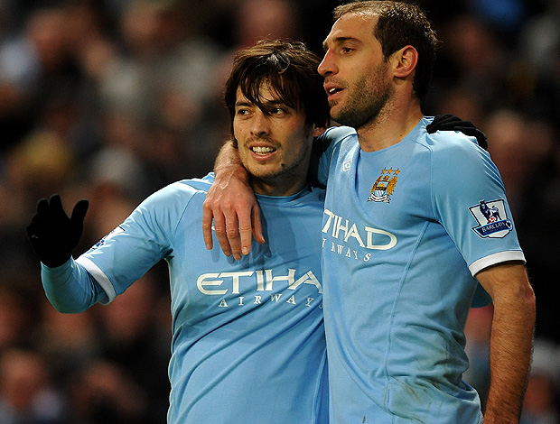 david villa zabaleta manchester city gol wigan  (Foto: agência Getty Images)