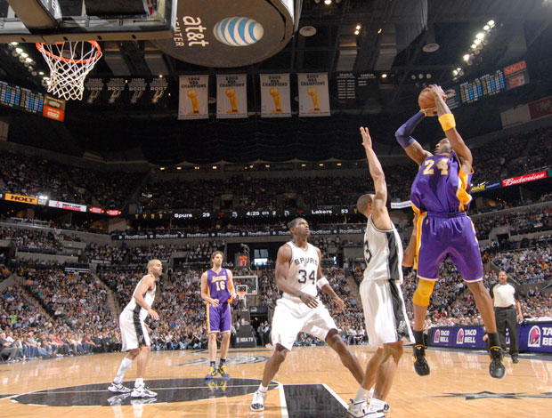 Kobe Bryant basquete NBA Los Angeles Lakers (Foto: Getty Image)