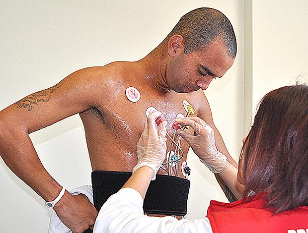 diego tardelli exames FC Anji (Foto: Divulgação/Site oficial FC Anji)