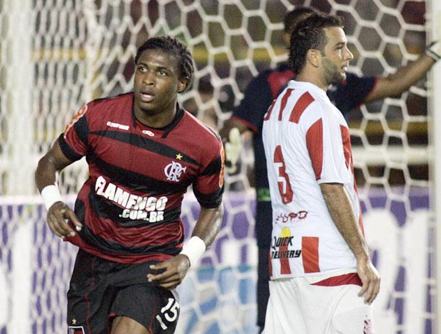Diego Mauricio Flamengo (Foto: Vipcom)