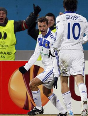 Comemoração Shevchenko Dínamo de Kiev x Manchester City (Foto: EFE)