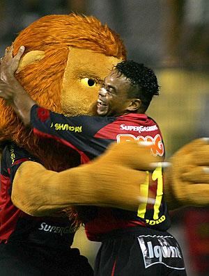 Carlinhos Bala gol Sport (Foto: Ag. Estado)