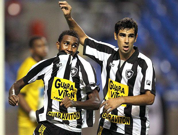João Felipe Herrera gol Botafogo (Foto: Alexandre Cassiano / O Globo)