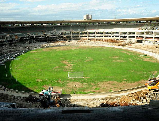 obras do estádio Maracanã (Foto: Marino Azevedo / Divulgação)