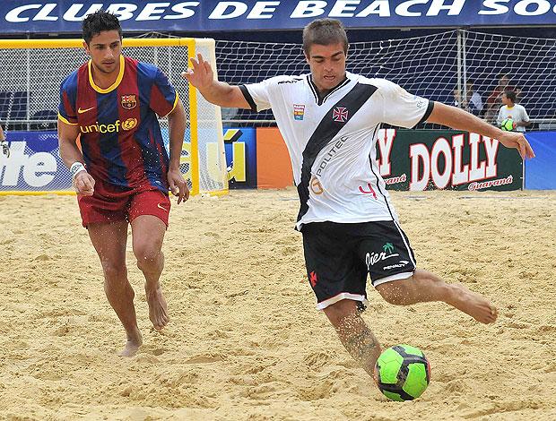 partida do Vasco contra o Barcelona no Mundialito de futebol de areia (Foto: João Pires / Divulgação)