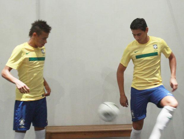 Neymar e Ganso (Foto: Agência Estado)