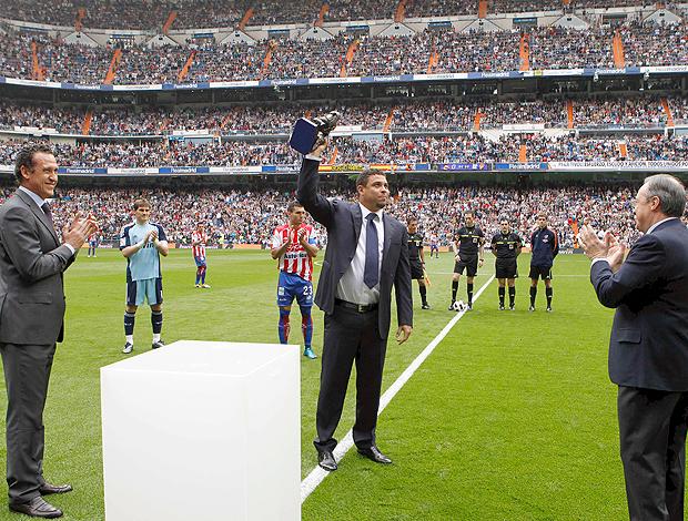 Ronaldo Homenagem Real Madrid (Foto: EFE)