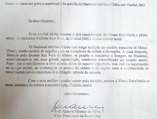 Carte de José Alencar ao ministro dos esportes Orlando Silva Estádio Nacional de Muriaé (Foto: Fernando Martins / Globoesporte.com)