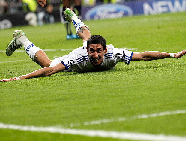 Di Maria comemora gol do Real Madrid contra o Tottenham (Foto: Reuters)