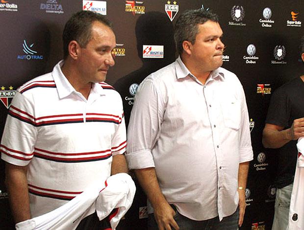 PC Gusmão é apresentado como técnico do Atlético-GO (Foto: Divulgação / Site Oficial)