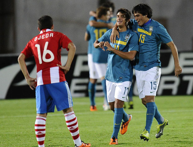 Comemoração Brasil x Paraguai (Foto: AFP)
